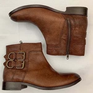 Frye molly d ring brown leather zip ankle boots